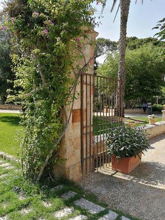 Relais Reggia Domizia: Hotel