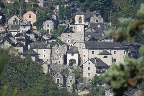 Hotel Pizzo Vogorno: Valle Verzasca