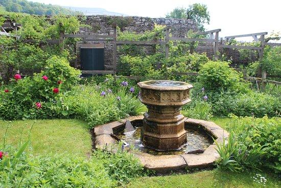 Tretower Castle & Court: garden