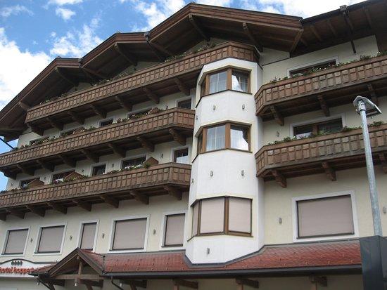Hart im Zillertal, Østerrike: Haupthaus von vorne
