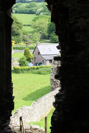 Tretower Castle & Court: view through castle