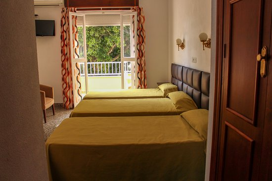 Hostal Esperanza: Habitación Triple/Triple Room. Hostal La Esperanza.