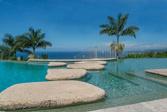Hotel_Review G147311 D811998 Reviews Silent_Waters_Villa Montego_Bay_Saint_James_Parish_Jamaica on Silent Waters Montego Bay Jamaica Villa