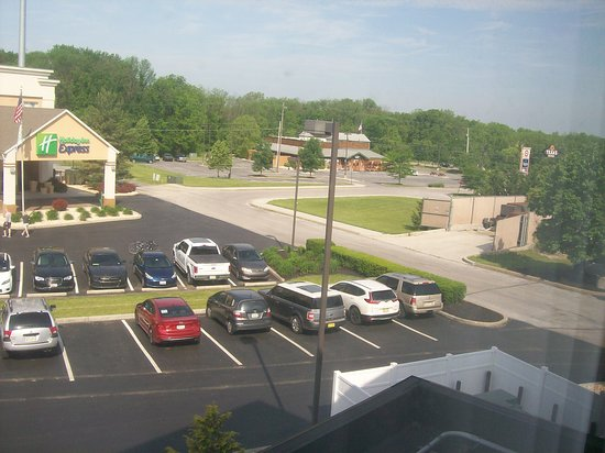 Hampton Inn Hanover: Room 302's View, which is located in the front of the Hotel.