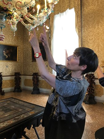 SeeVenice: Beauty is in the details as Luisella explains each remarkable component of this chandelier