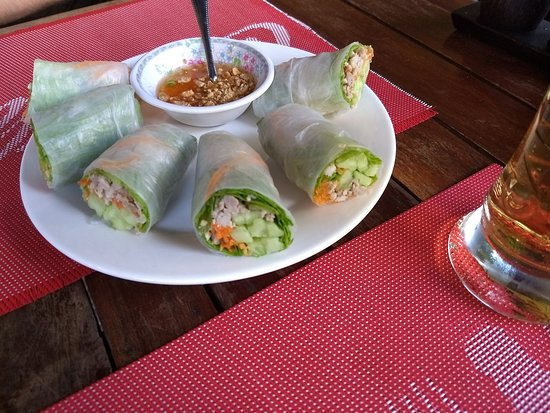 Lilypop Restaurant: freah spring rolls with pork