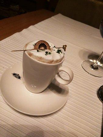 L'Angoor: Mushroom Cappuccino