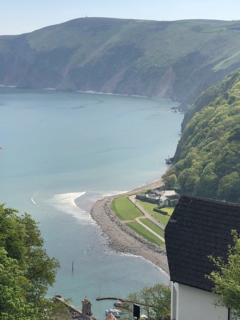 Lynton and Lynmouth Cliff Railway: Breathtaking!