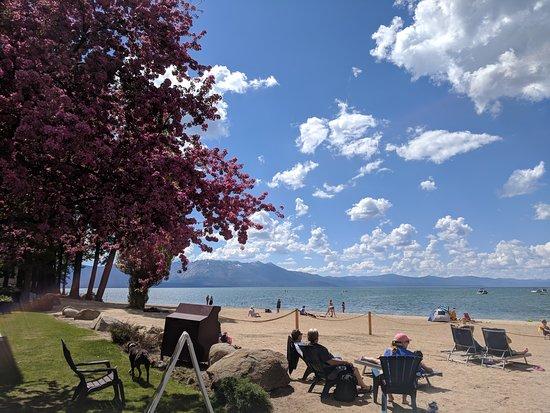Снимок Beach Retreat & Lodge at Tahoe