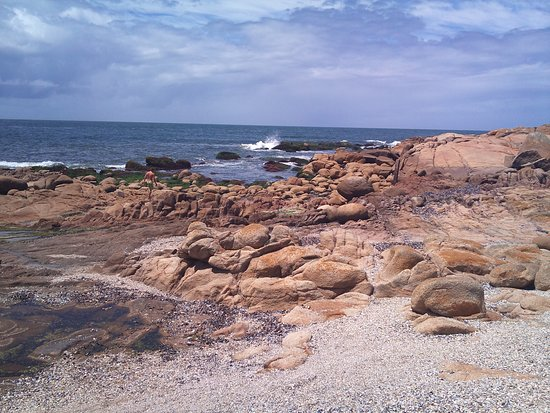 Parque Nacional de Cabo Polonio: Waves on Rocks