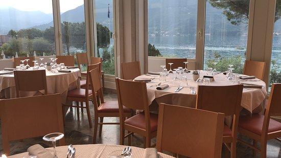 Park Hotel Casimiro : Das sind die Tische beim Abendessen-schaut selber !!