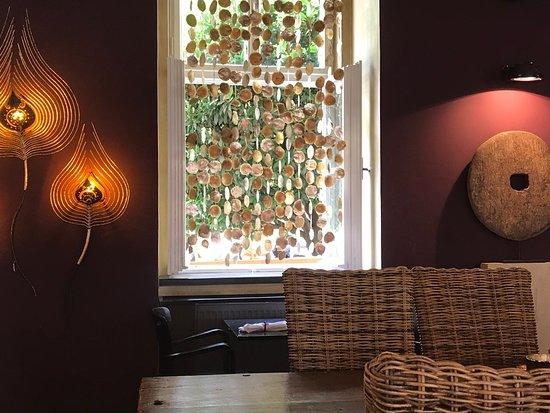 NOI- The Art of Taste: Noi's lovely decor