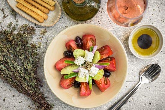 Avli: Greek salad