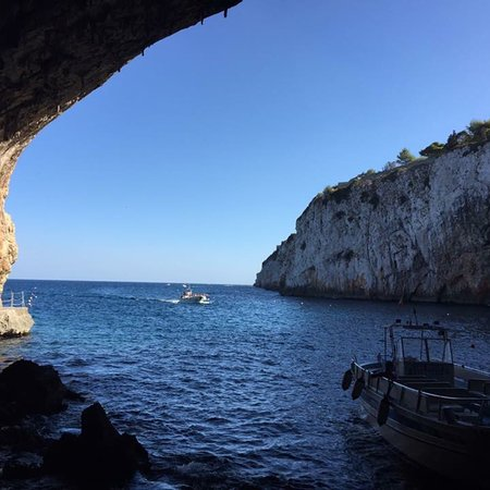 Grotta Zinzulusa Photo