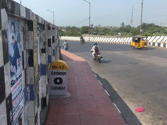 Paseo de la arquitectura británica en Chennai: Zero point Chennai