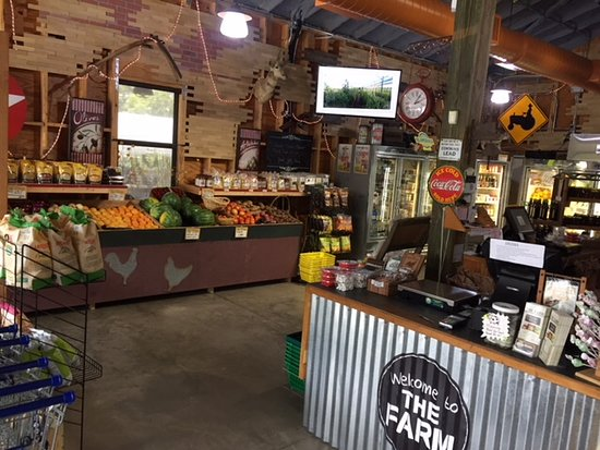 Buckingham Farms: A small retail produce operation