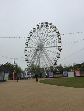 Dreamland Margate : The Big Wheel, not as big as the one from my youth though
