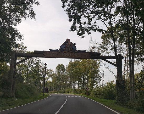 Bailly-Romainvilliers, Frankreich: Entrada del complejo