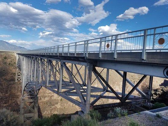 格兰德河峡大桥照片