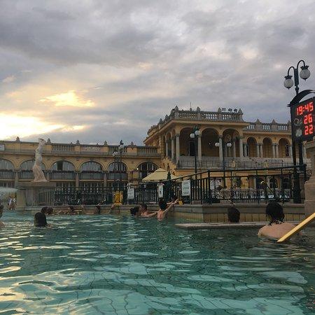 赛切尼浴场&泳池照片