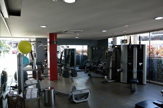 Barcelo Santiago: salle de sport
