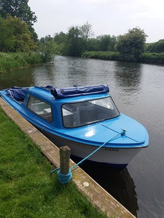 Wroxham Launch Hire