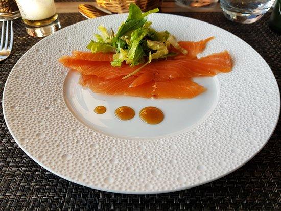Cote Thalasso Banyuls sur Mer: Plato de salmón.