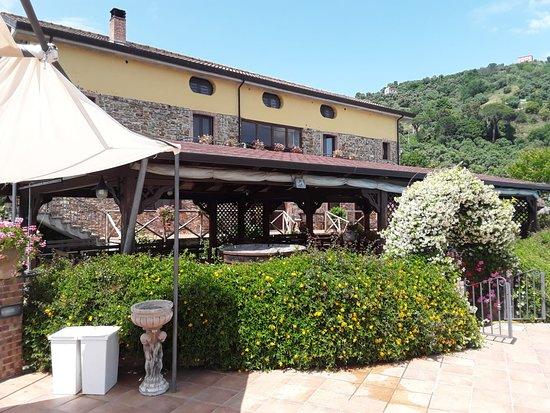 Castelnuovo Cilento, Italy: esterni
