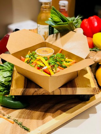 Hemispheres Restaurant & Bistro: Healthy Lunches on the Go !!