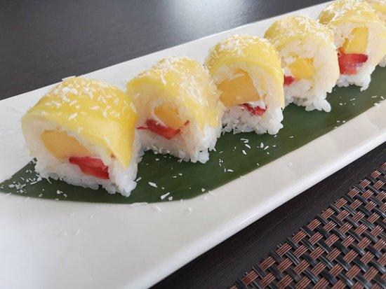 Kaikaya: mango roll