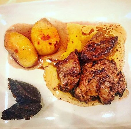 I Colori del Vino: Escalope de Foie Gras con pesche caramellate e marmellata di fichi settembrini
