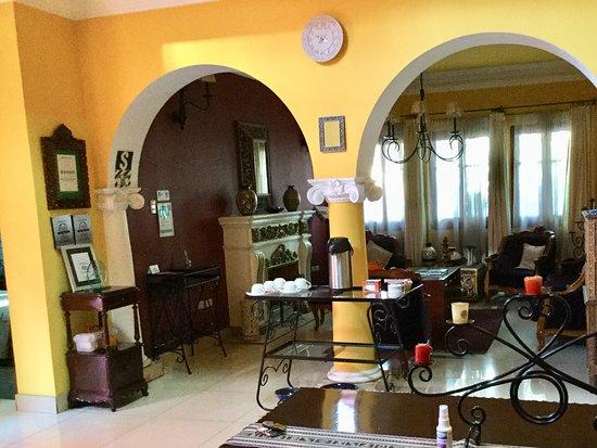 Casa Arequipa: Living area with tea provision