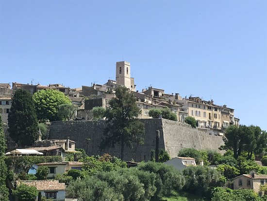 Saint-Paul de Vence : View towards the town