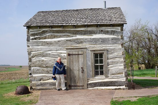 Homestead National Monument of America: Homesteader cabin, moved to the site