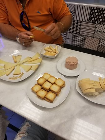 MQM Museo del Queso Manchego Toledo: perfect light lunch!