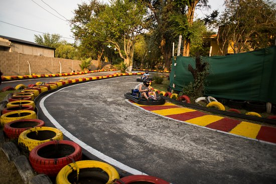 Pro Racing Park: Formula X Karting Center - Costanera Family - Córdoba / Carlos Paz