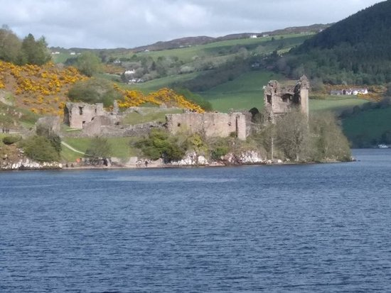 Loch Ness Sightseeing Cruise Including Urquhart Castle: Urquhart Castle as seen from Loch Ness