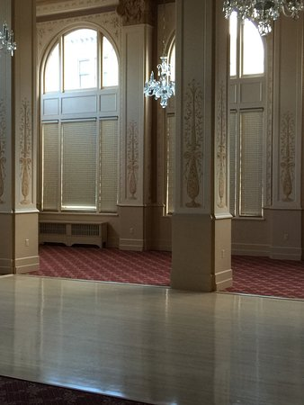 """Finlen Hotel and Inn: Beautiful period details with a real """"sprung"""" wooden ballroom floor!"""