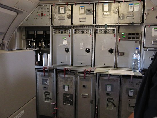 TAP Air Portugal: Pormenores dos equipamentos a bordo
