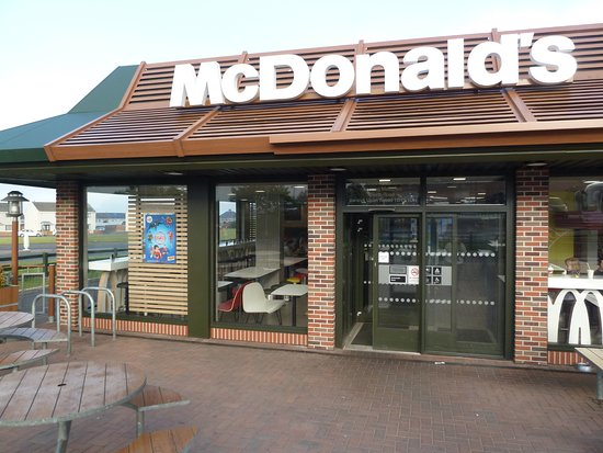 Mcdonalds Entrance Picture Of Mcdonalds Restaurants Berwick Upon