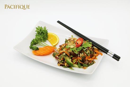 Pacifique Restaurant: Salade de bœuf grillé façon Thai