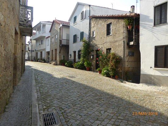 Aldeia das Dez, البرتغال: Rua.