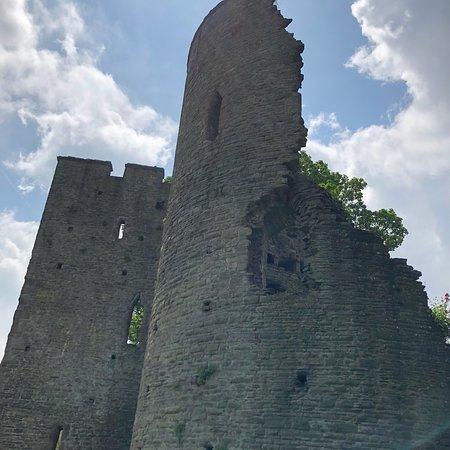 Crickhowell Castle-bild