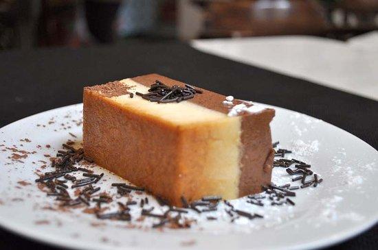 El Anciano Rey de los Vinos: Tarta de chocolate.