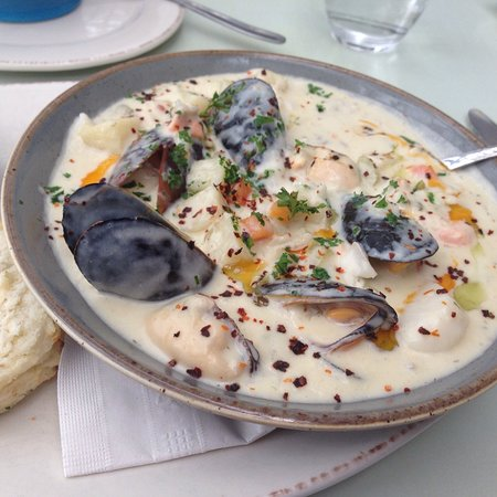Blue Mussel Cafe: The best seafood chowder, and seafood linguine that you will ever have, and interesting solid an