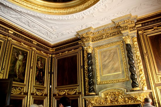 Tredegar House: Gold room
