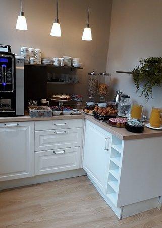 BacHome Terrace B&B : Máquina café e água sempre disponível