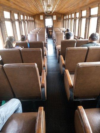 Estrada de Ferro Campos do Jordao: viagem até a estação expedicionários