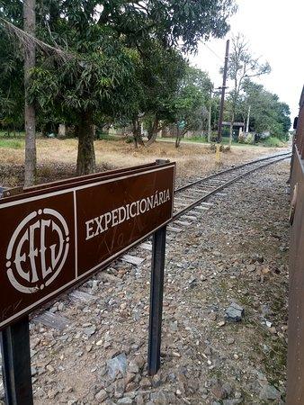 Estrada de Ferro Campos do Jordao: placa informatica estação expedicionária