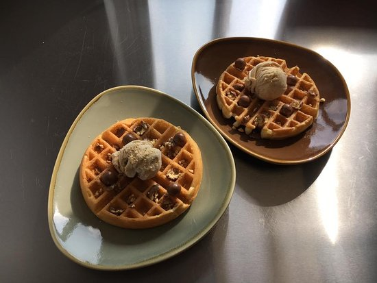 Wythall, UK: Waffles